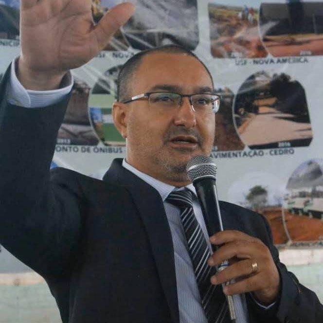 Presidente da Amunop, Alexandre Basso é ovacionado por lideranças regionais e de governo ao defender o Hospital Regional e curso de Medicina em reunião da casa Civil
